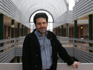Don Rafael Navarro Linares sobresaliente universitario y buena persona